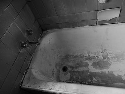 Photograph - Bathtub by Mark Blauhoefer