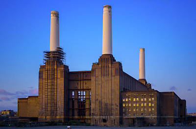 Photograph - Battersea Power Station by Stewart Marsden