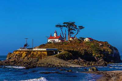 Tiny House Wall Art - Photograph - Battery Point Lighthouse by Garry Gay