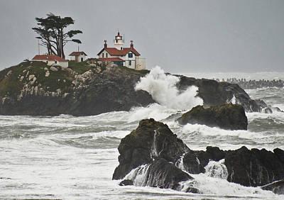 Jake Johnson Photograph - Battery Point Lighthouse by Jake Johnson