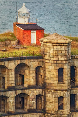Photograph - Battery Weed At Fort Wadsworth Nyc by Susan Candelario