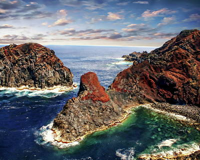 Bay Of Ponta Da Barca Art Print