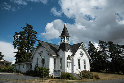 Photograph - Bay View Church by Tom Cochran