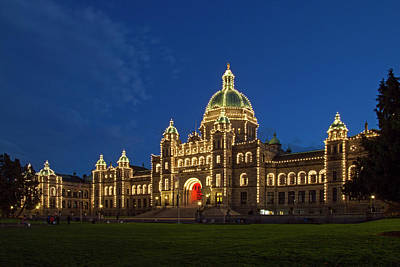 Photograph - Bc Parliament 365-257 by Inge Riis McDonald