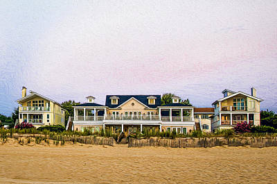 Photograph - Beach Front Homes by Maria Coulson