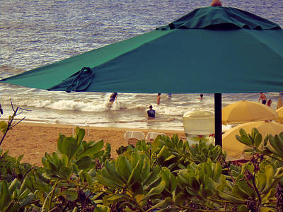Photograph - Beach Refreshments by Paulette B Wright