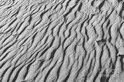 Beach Sand Mantle In Monochrome Art Print