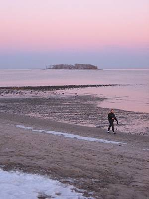 Photograph - Beach Stroll by John Scates