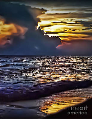 Photograph - Beach Sunset 8230 by Walt Foegelle