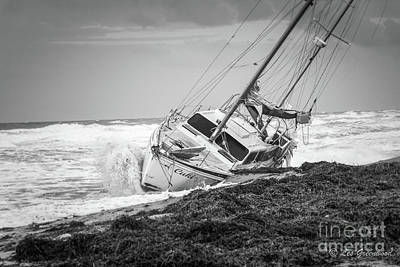 Photograph - Beached Boat by Les Greenwood