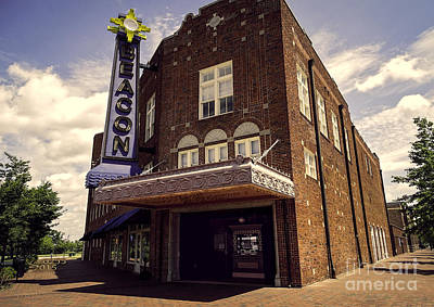 Digital Photograph - Beacon Theater Hopewell Virginia by Melissa Messick