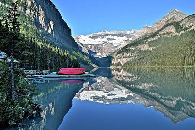 Photograph - Beautiful Lake Louise by Frozen in Time Fine Art Photography