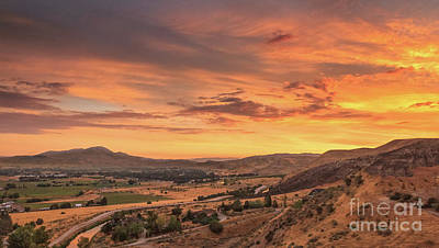 Photograph - Beautiful Morning View by Robert Bales