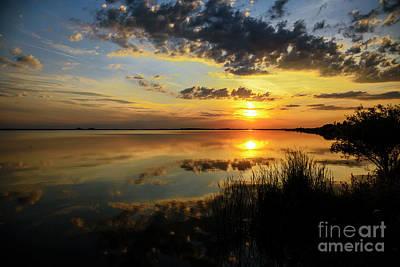 Beautiful Sunset At The Lake Art Print