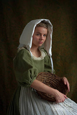 Photograph - Beautiful Tudor Maid Servant Portrait by Lee Avison
