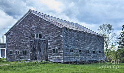 Photograph - Beautiful Weathered Old Barn by Alana Ranney