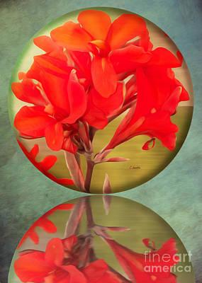 Digital Art - Beauty by Claudia Ellis