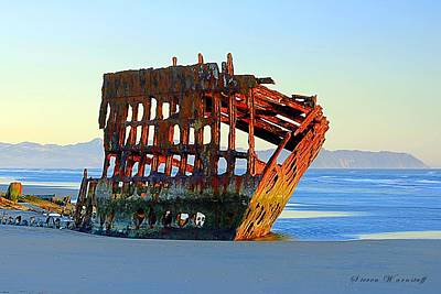 Peter Iredale Photograph - Beauty Lies In The Eyes Of The Beholder by Steve Warnstaff