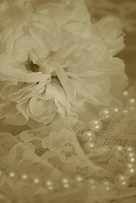 Pearls Photograph - Beauty Pearls by The Art Of Marilyn Ridoutt-Greene