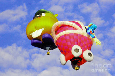 Photograph - Beaver And Baby Carriage Balloons by Jeff Swan
