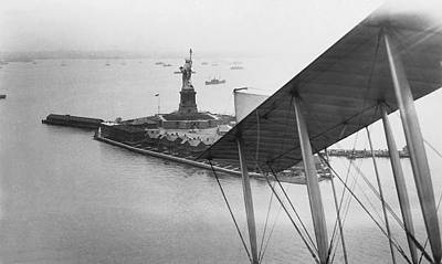 New York Harbor Photograph - Bedloe's Island by Underwood Archives