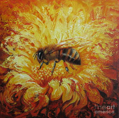 Painting - Bee by Elena Oleniuc