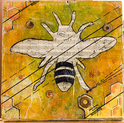 Mixed Media - Bee Flat by Carmen Williams
