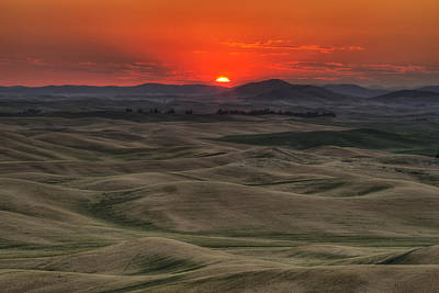Photograph - Before The Glory by Mark Kiver