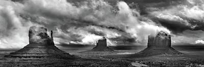 Monument Valley Wall Art - Photograph - Behold by Mikes Nature