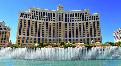 Photograph - Bellagio Panoramic With Fountains by David Lee Thompson