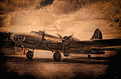 B-17 Wall Art - Digital Art - Belle Of The Ball by Peter Chilelli