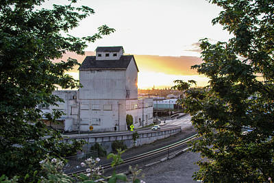 Photograph - Bellingham Warehouse At Sunset by Tom Cochran
