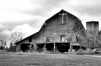 Photograph - Bellwood Barn by Jan Amiss Photography
