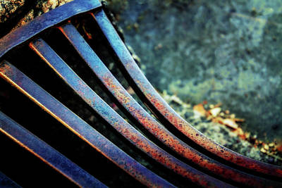 Bend In The Grate Art Print