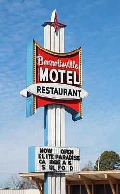 Photograph - Bennettsville Motel 10 Color by Joseph C Hinson Photography