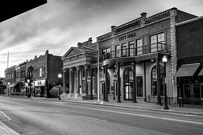 Photograph - Bentonville Arkansas Central Avenue Skyline In Black And White by Gregory Ballos