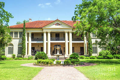 Photograph - Berclair Mansion by Lynn Sprowl