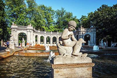 Berlin Photograph - Berlin - Maerchenbrunnen Fountain by Alexander Voss