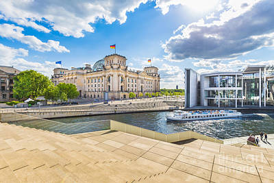 Photograph - Berlin Reichstag by JR Photography