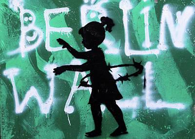 Photograph - Berlin Wall by Munir Alawi
