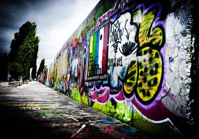 Berlin Art Photograph - Berlin Wall by Thomas Kessler