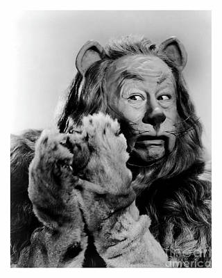 Bert Lahr As The Cowardly Lion In The Wizard Of Oz Art Print