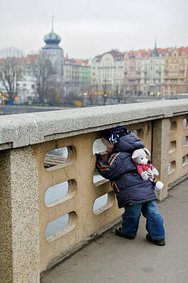Photograph - Best Friends Sightseeing by Lawrence Boothby
