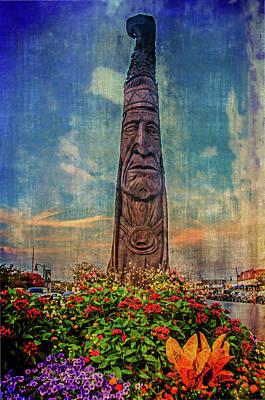 Bethany Beach Wall Art - Digital Art - Bethany Totem Pole by Darlene Freas