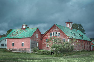 Photograph - Bethel Barn by Guy Whiteley