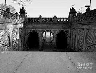 Bethesda Terrace In Central Park - Bw Art Print