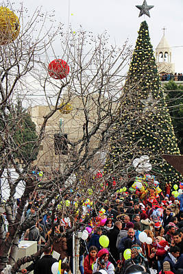 Photograph - Bethlehem Christmas Tree by Munir Alawi