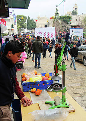 Photograph - Bethlehem Fresh Juice Seller by Munir Alawi
