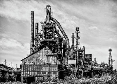 Bethlehem Pa Steel Plant  Side View In Black And White Art Print by Bill Cannon