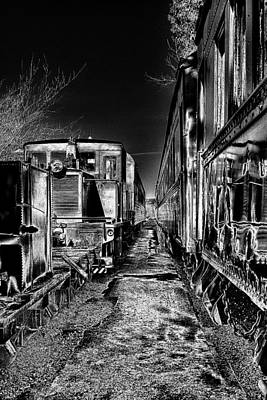 Digital Art - Between The Trains by David Patterson